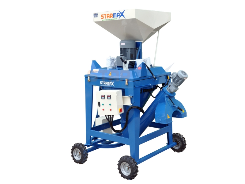 FEED GRINDER & MIXER MACHINES
